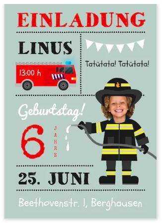 Frohe Kinder am Feuerwehr Geburtstag
