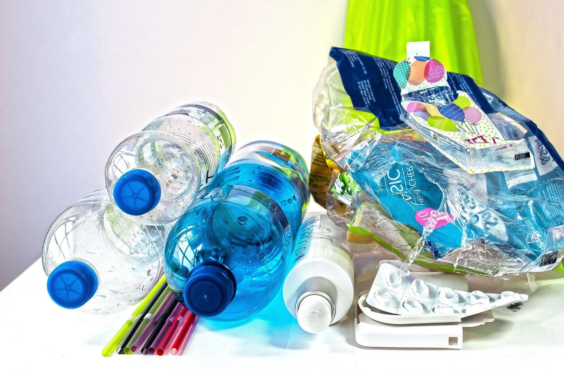 Dinge basteln mit PET–Flaschen